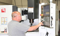 CNC Technicians In Factory Get High-paid. Why Do Many People Still Resign?